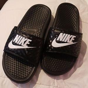 Womens Nike Slides